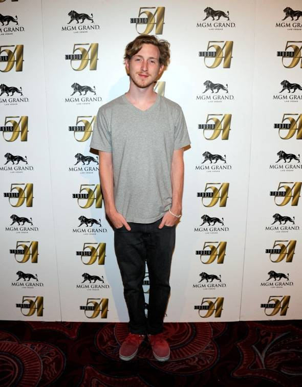 Asher Roth on red carpet at Studio 54, Las Vegas 8.6.11
