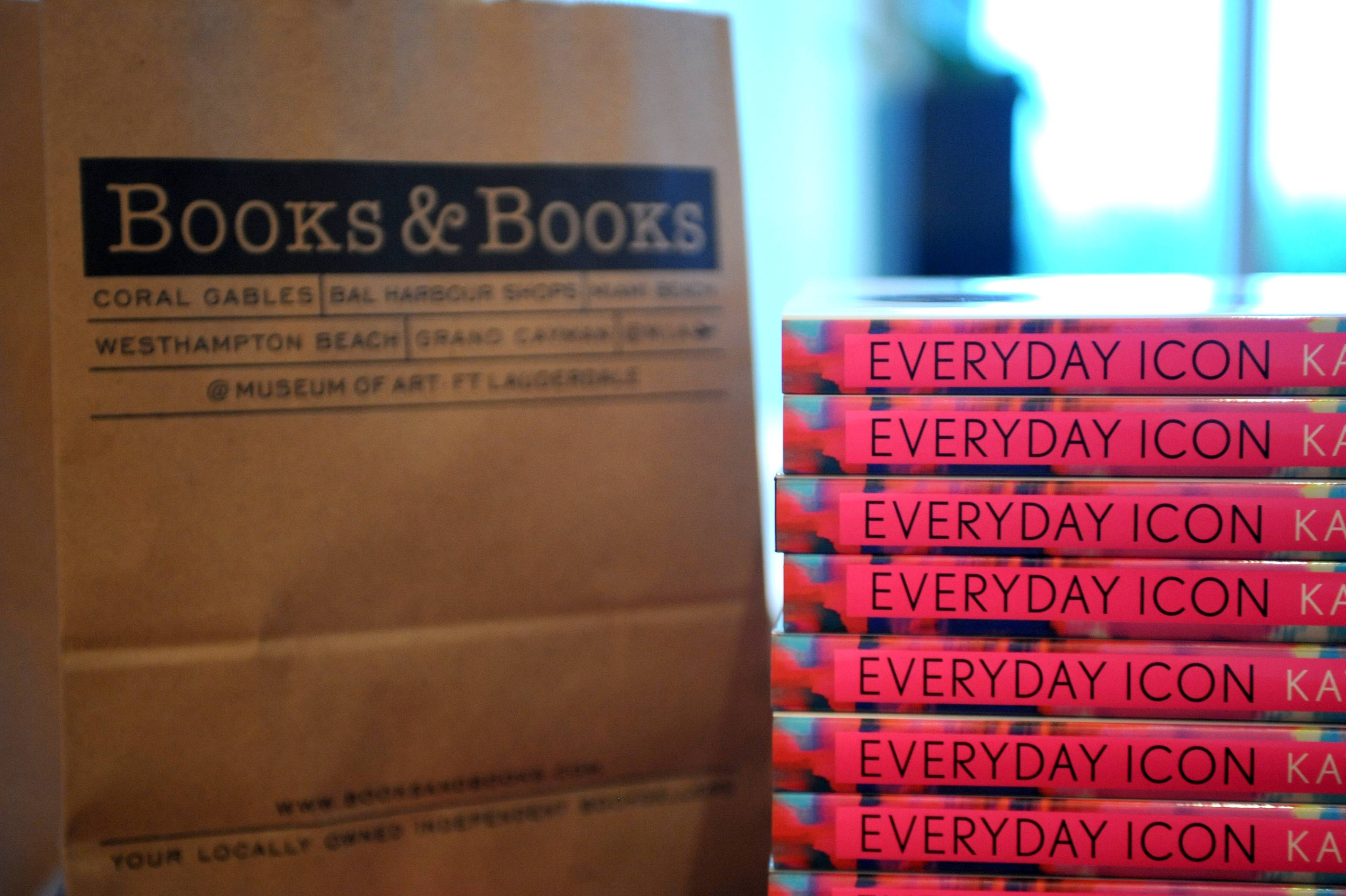 Books & Books Stand