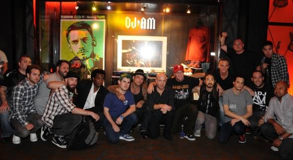 Friends, Family DJ AM Turntable Tribute - credit Scott Harrison