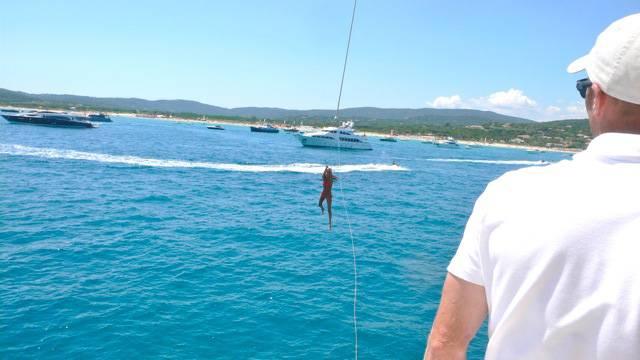 Swing off von's boat