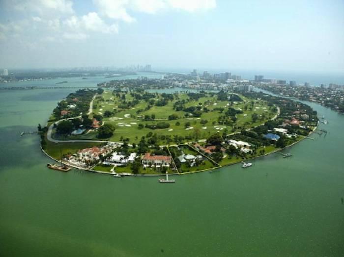 Aerial shot of Indian Creek Island