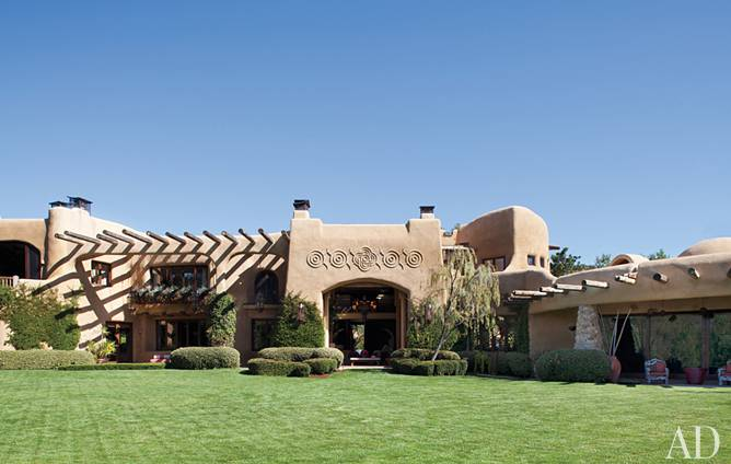 will-jada-pinkett-smith-home-exterior