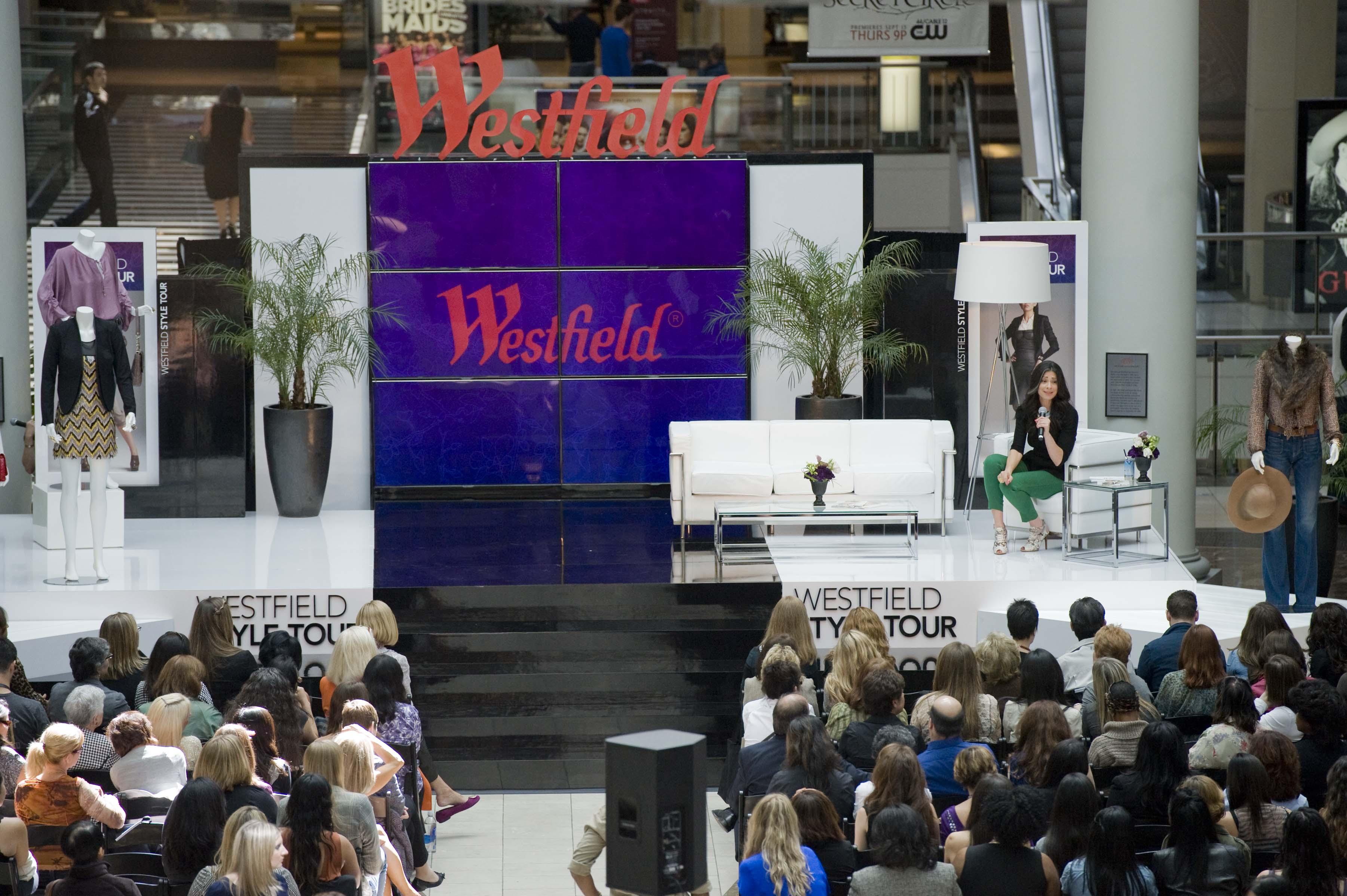 0000-westfield-fashion1109171385