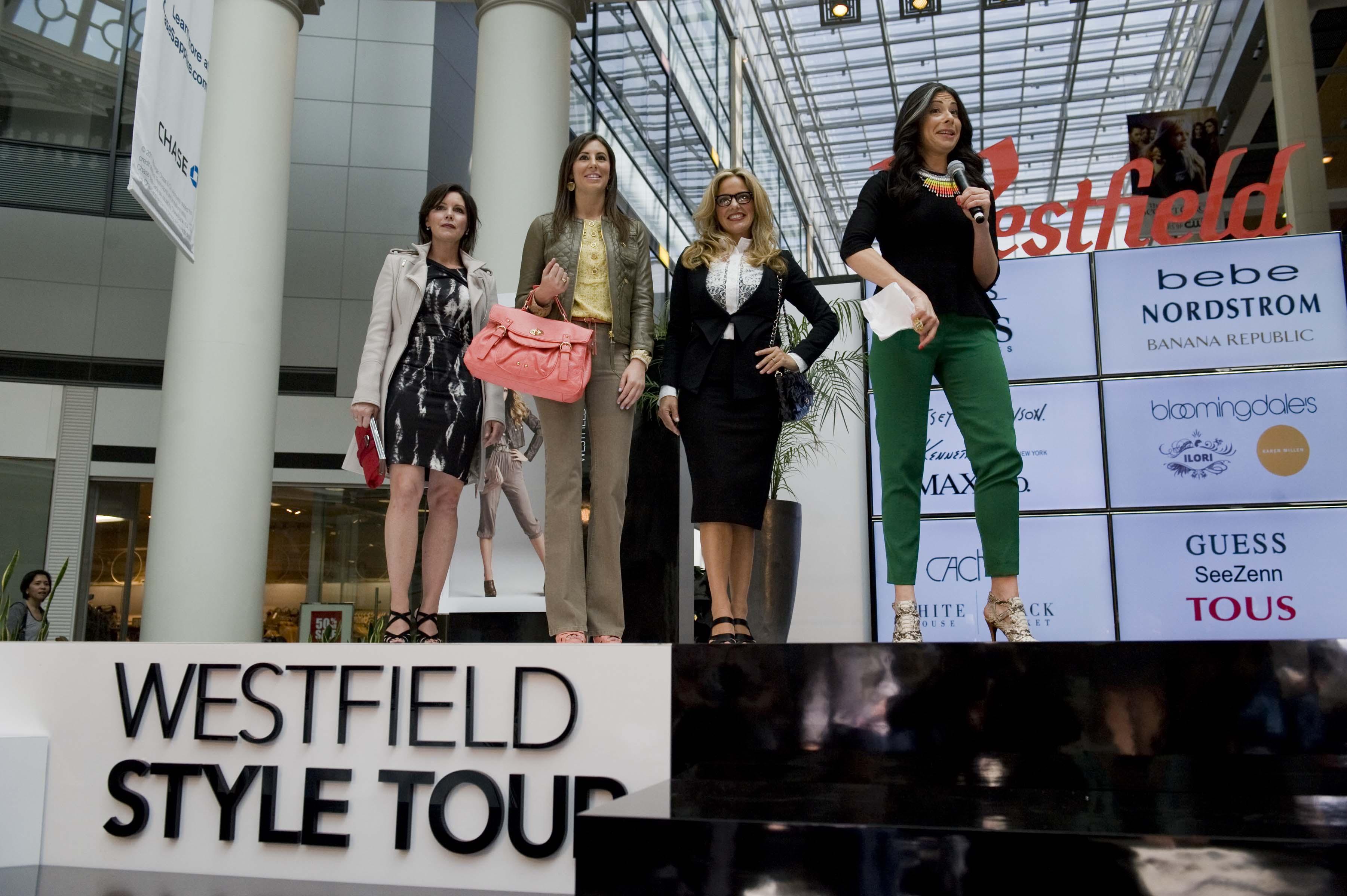 0000-westfield-fashion1109171601