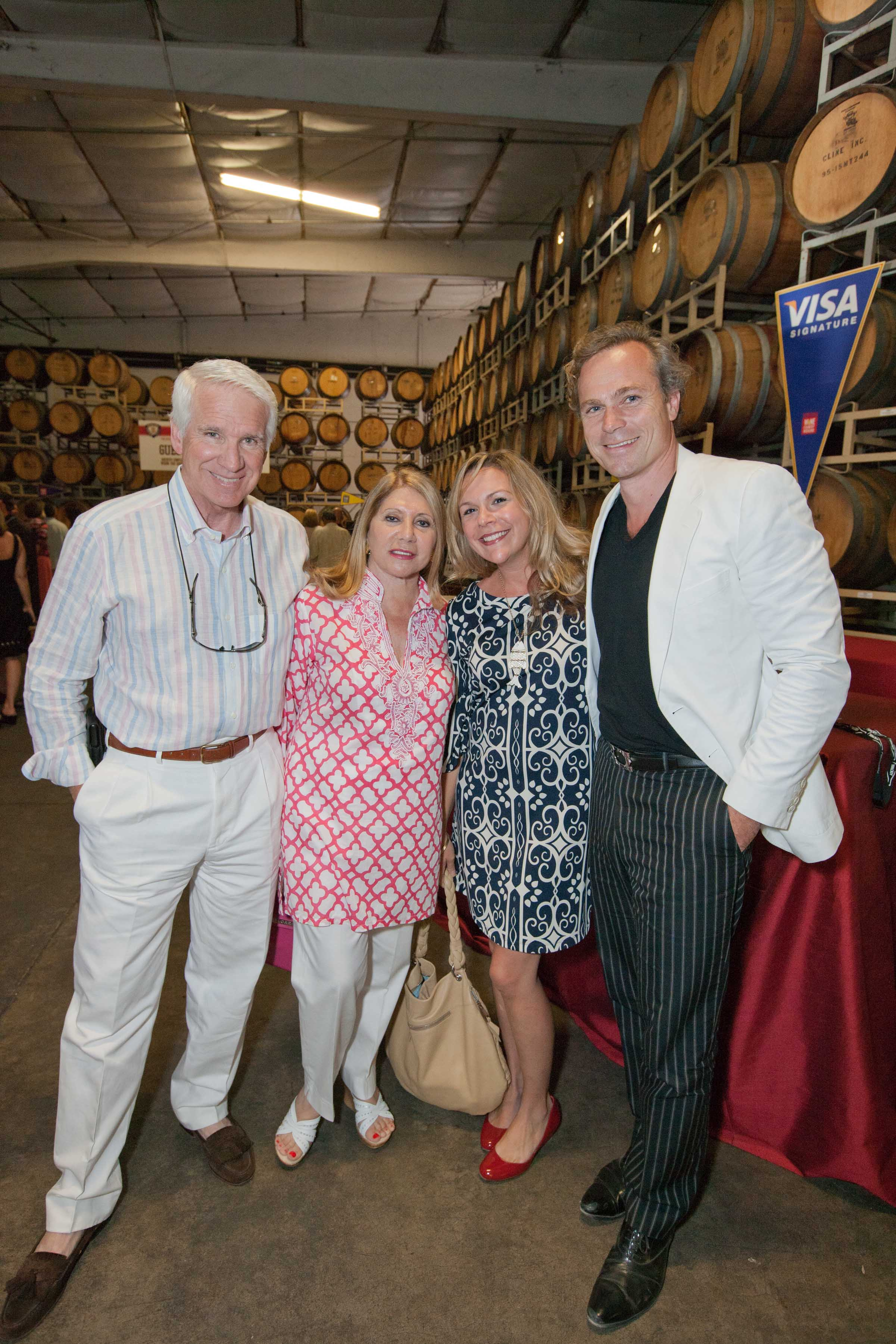 0112-SonomaWineAuction-110903