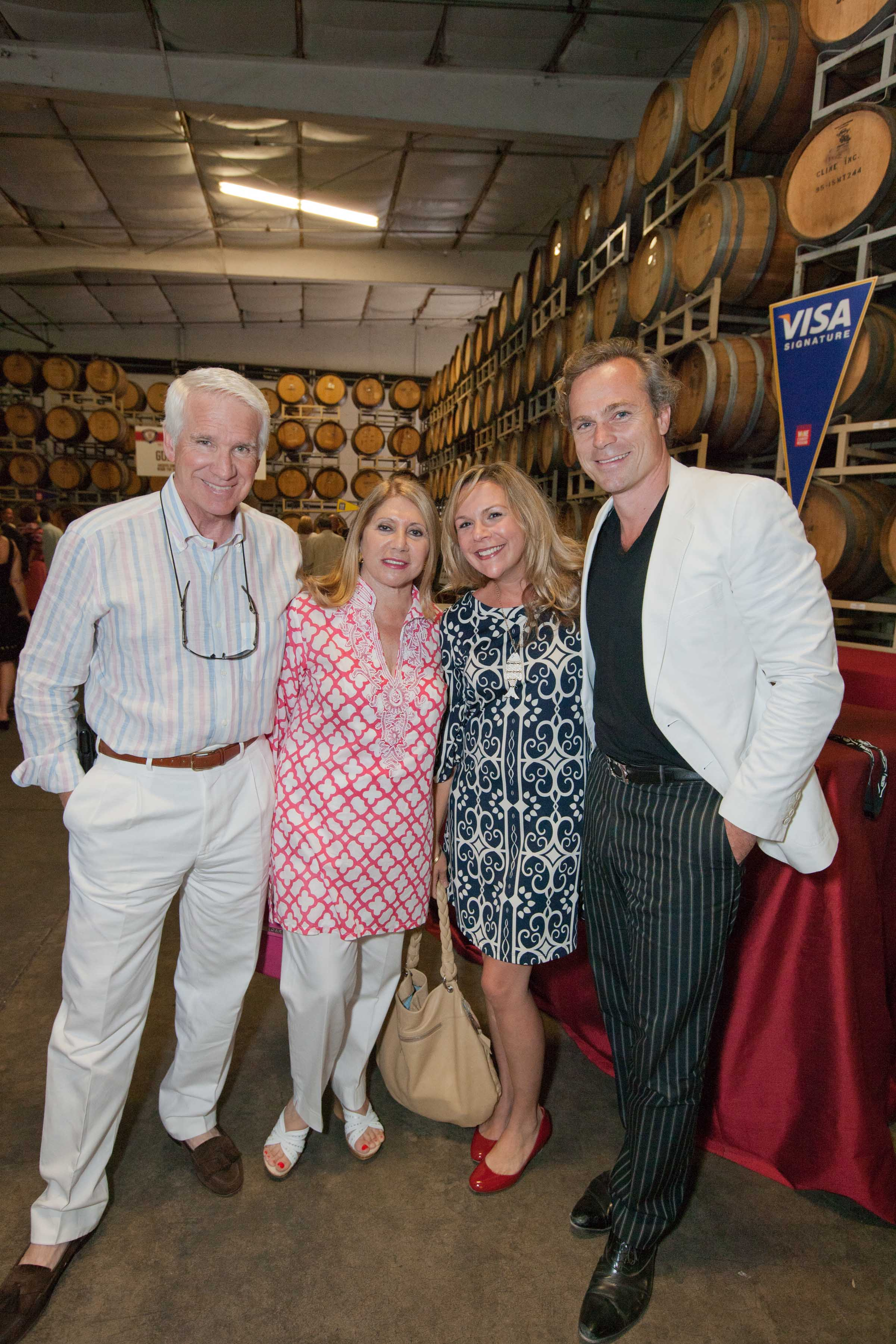 0113-SonomaWineAuction-110903