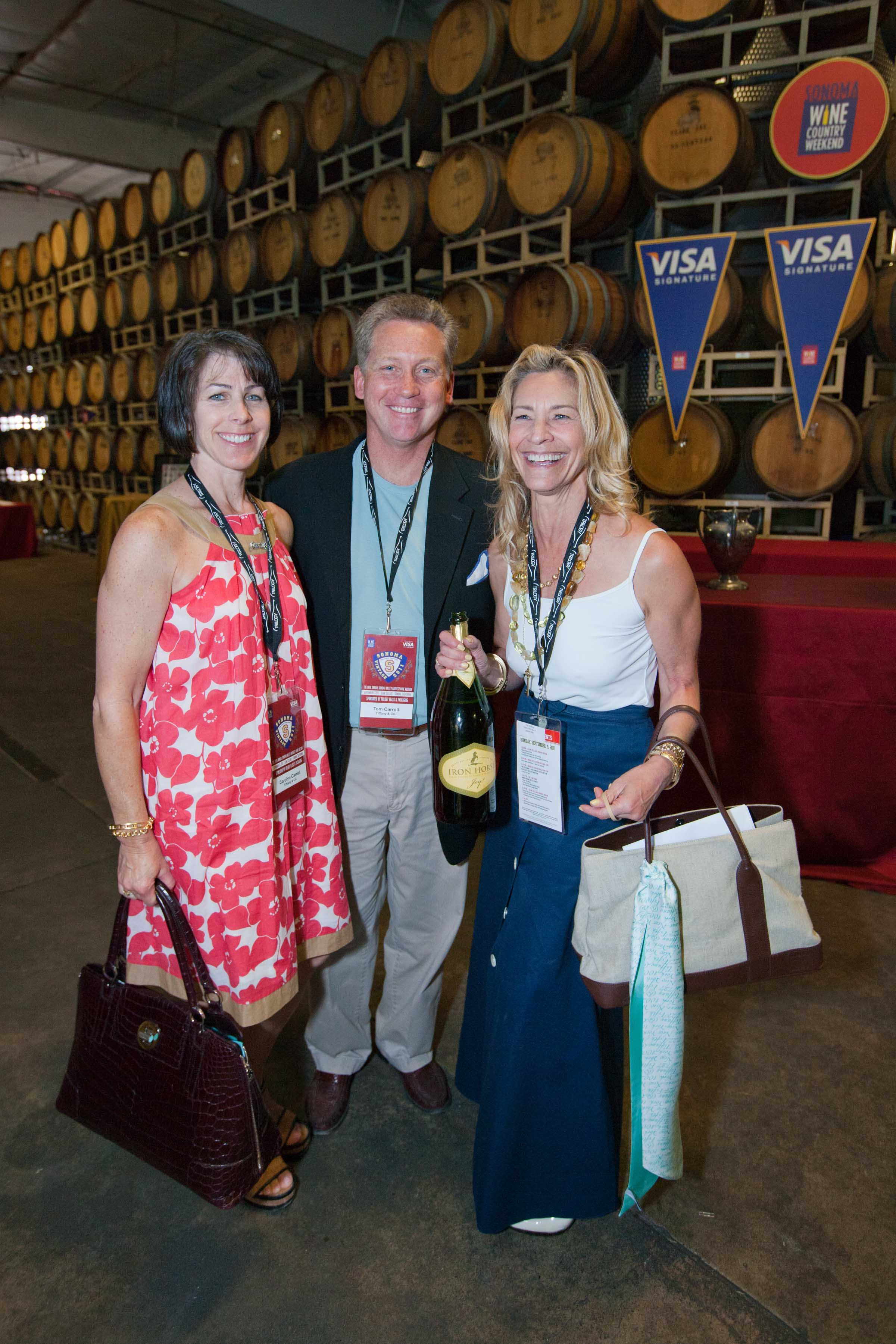 0223-SonomaWineAuction-110903