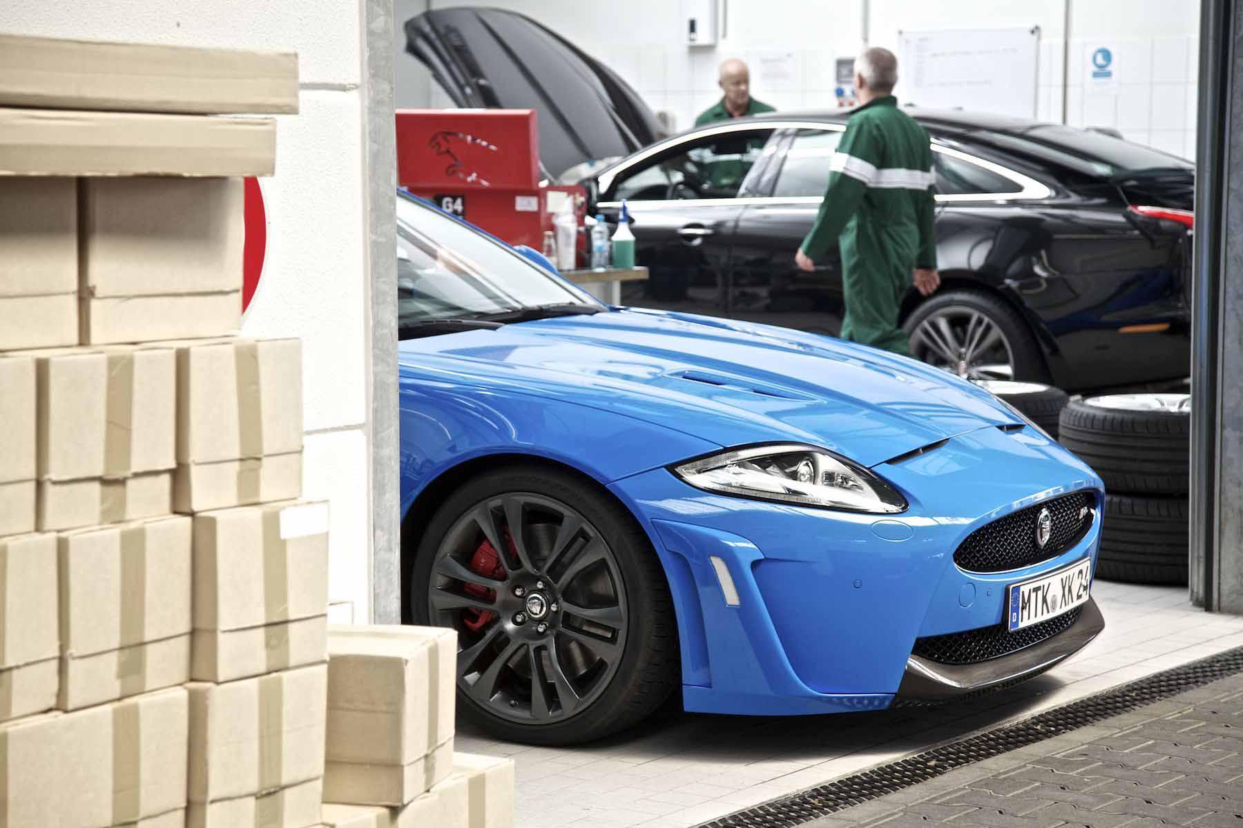 2012 Jaguar Nurburgring Experience......014