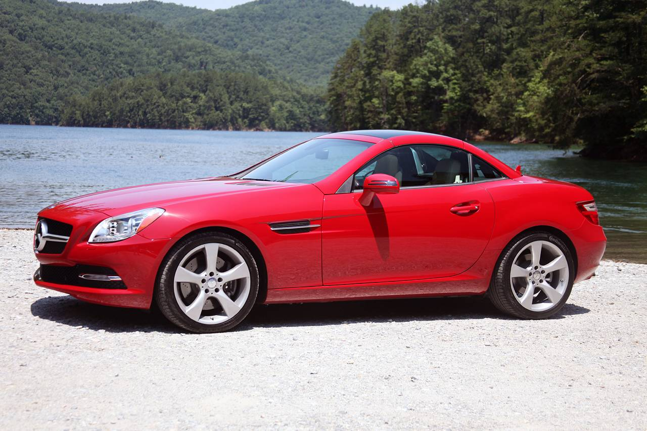 2012-Mercedes-Benz-SLK350-water