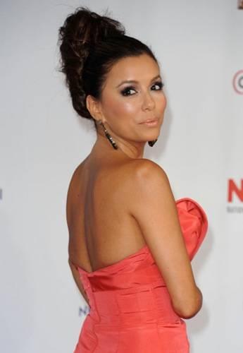 Eva-Longoria-2011-NCLR-ALMA-Awards9
