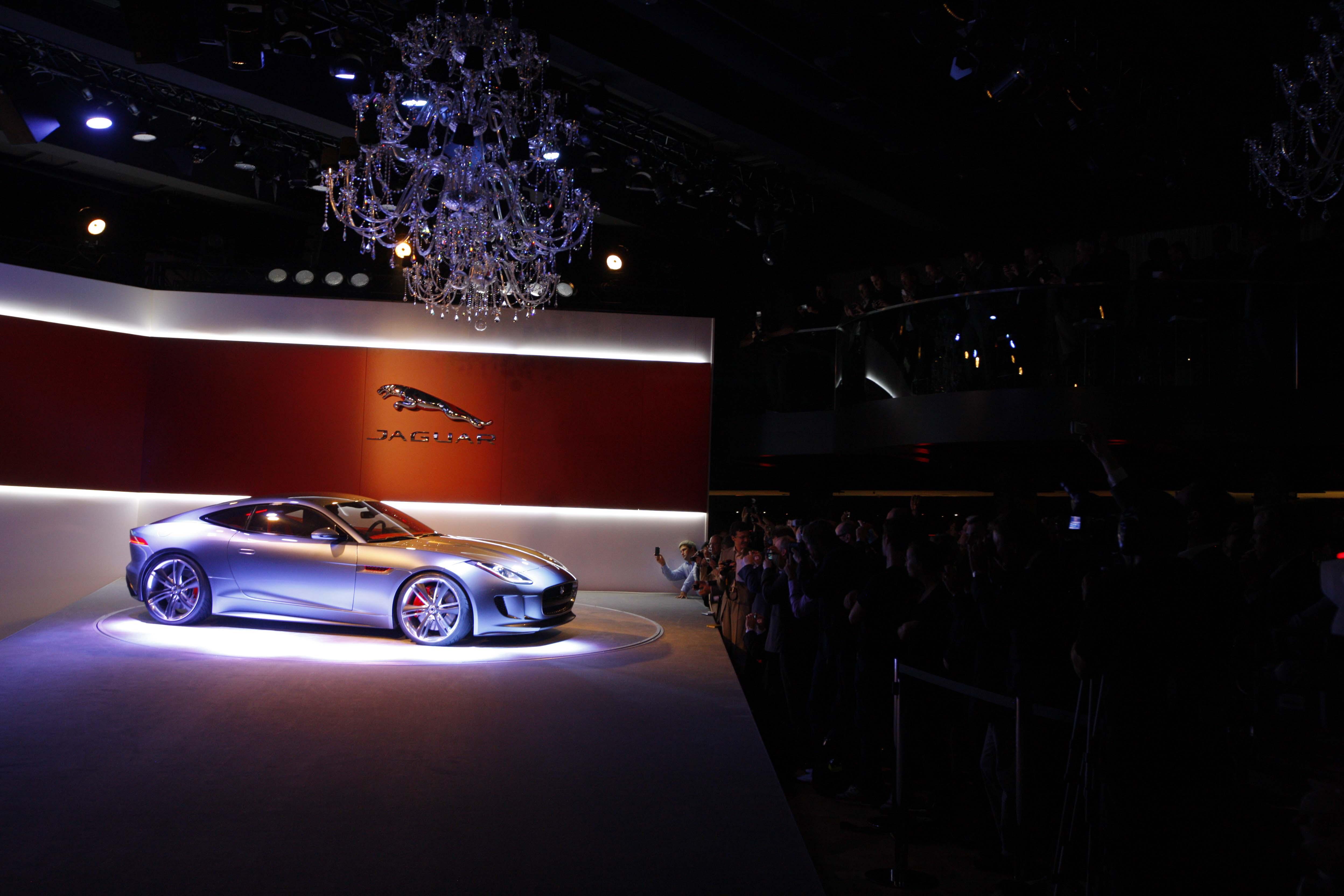 Jaguar C-X16 Production Concept....002