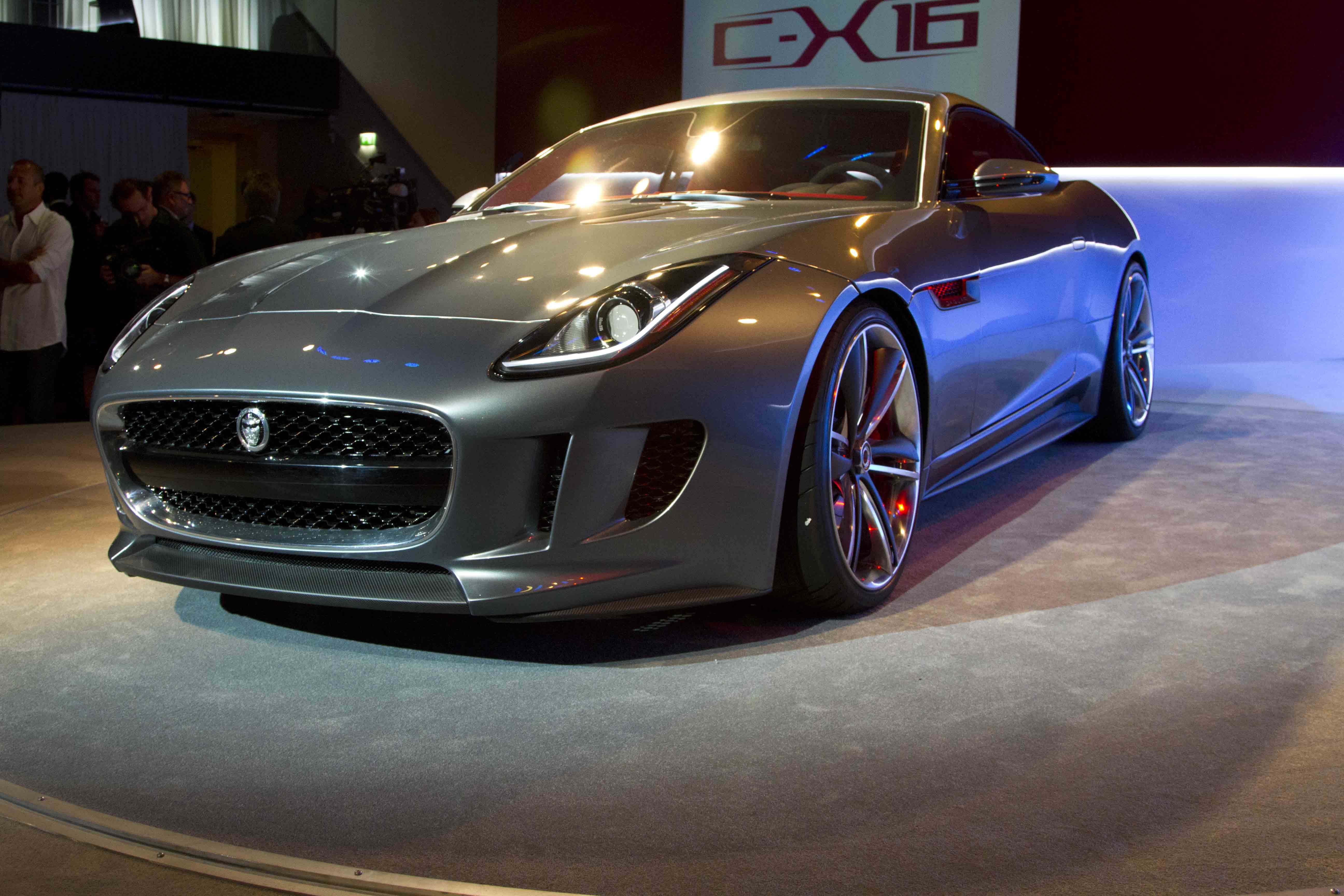 Jaguar C-X16 Production Concept....003