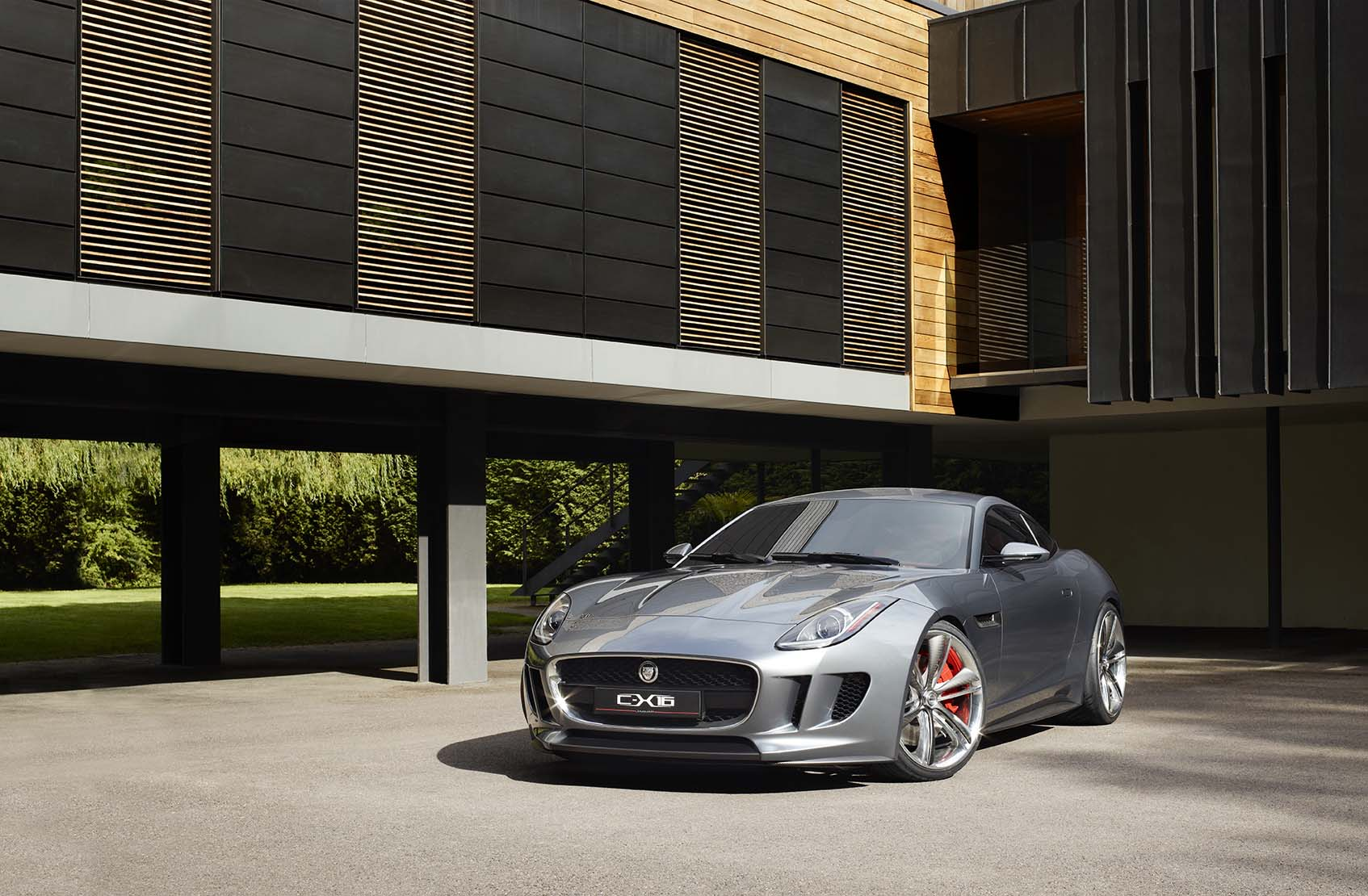 Jaguar C-X16 Production Concept....011