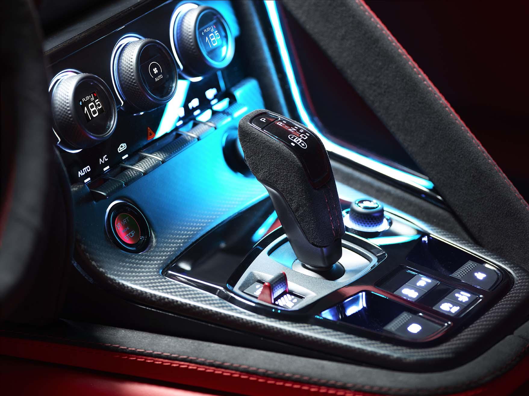 Jaguar C-X16 Production Concept....019