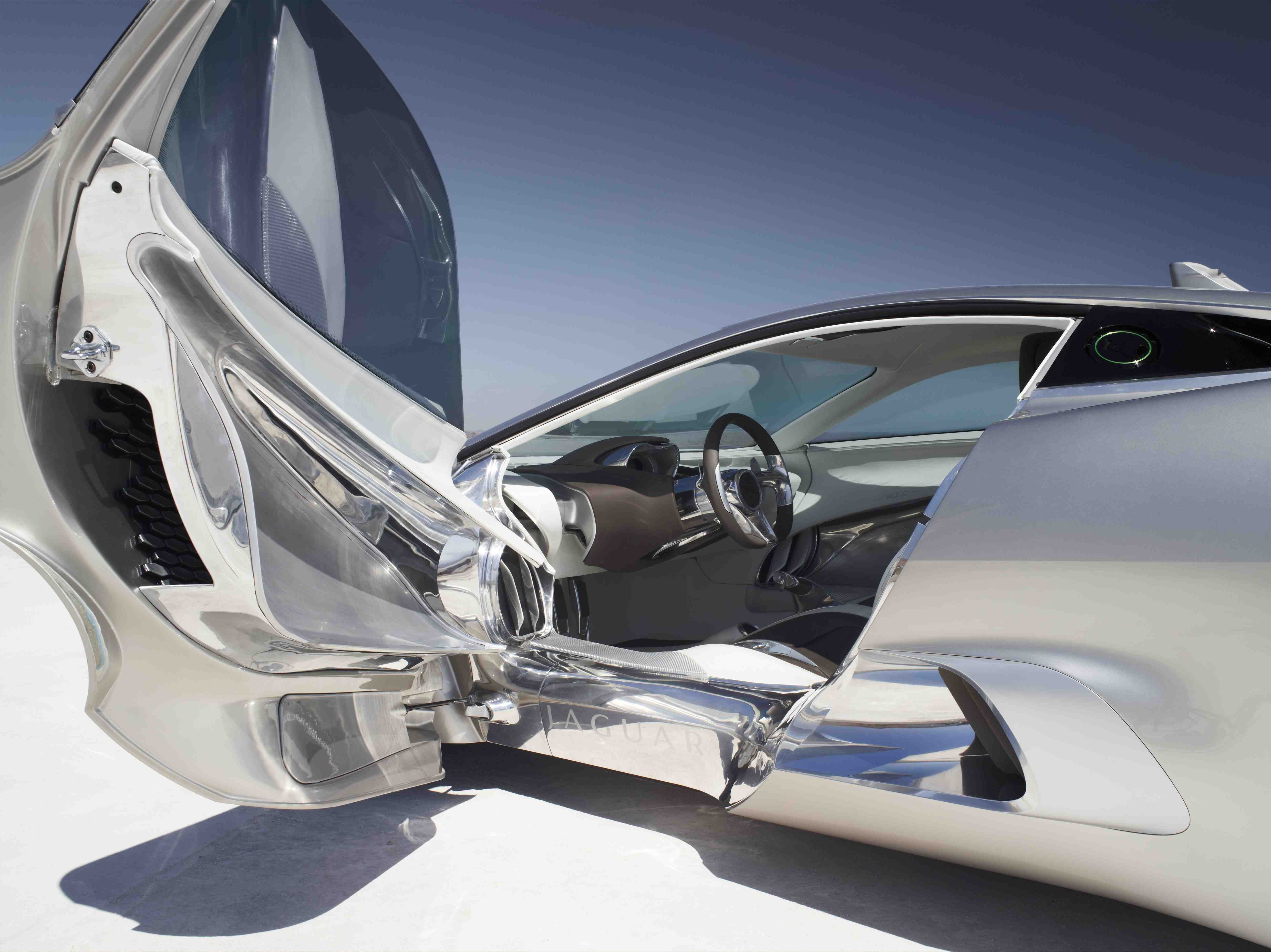Jaguar C-X75 Concept door