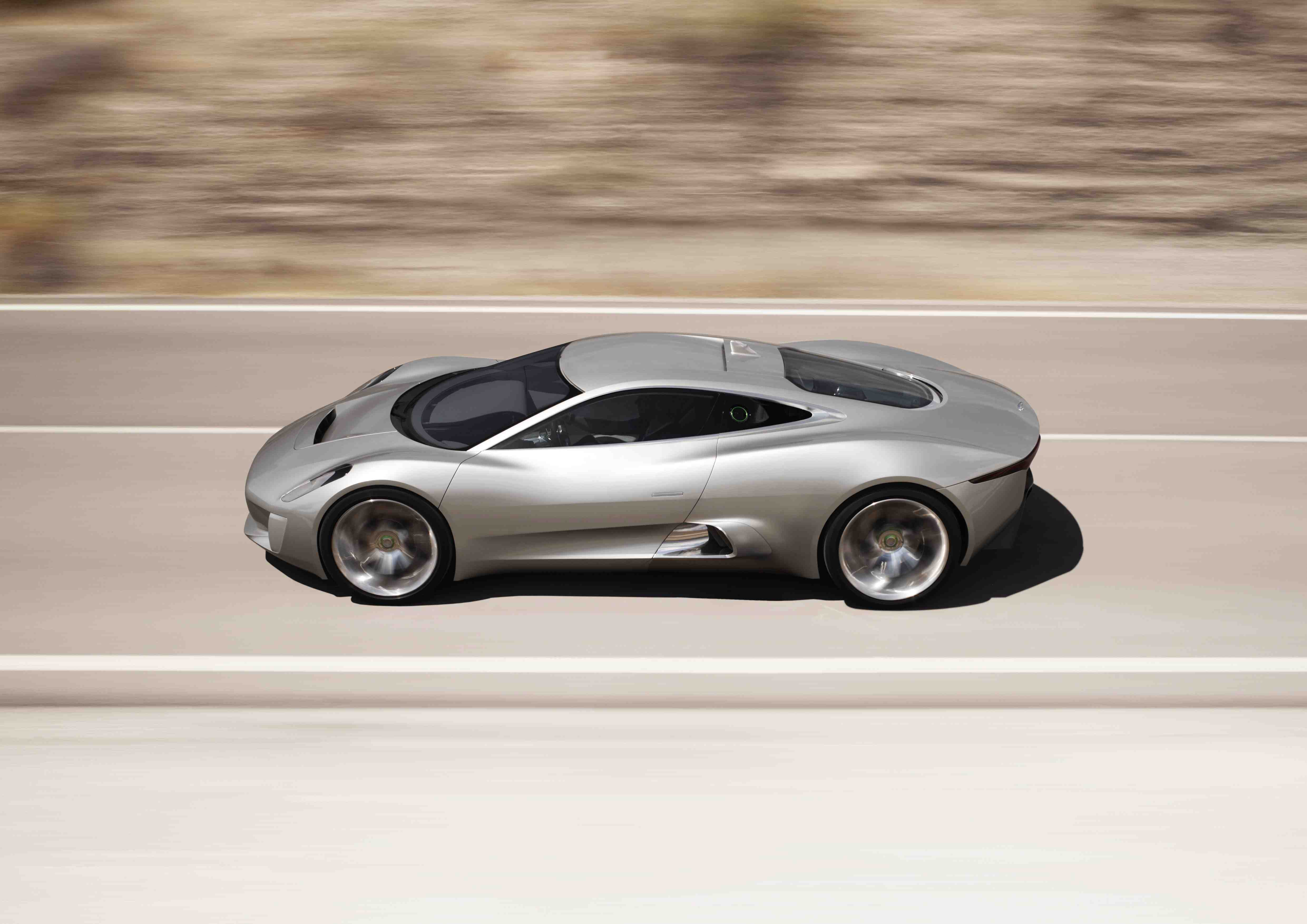 Jaguar C-X75 top speed (205 mph)