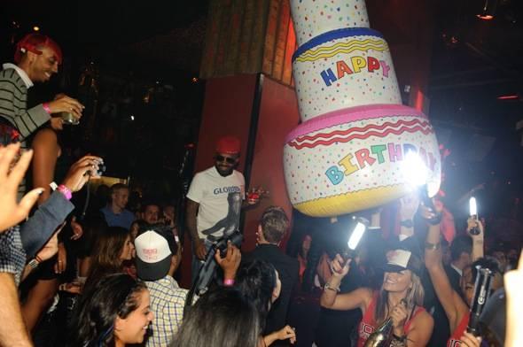 Jermaine Dupri celebrates his birthday at TAO