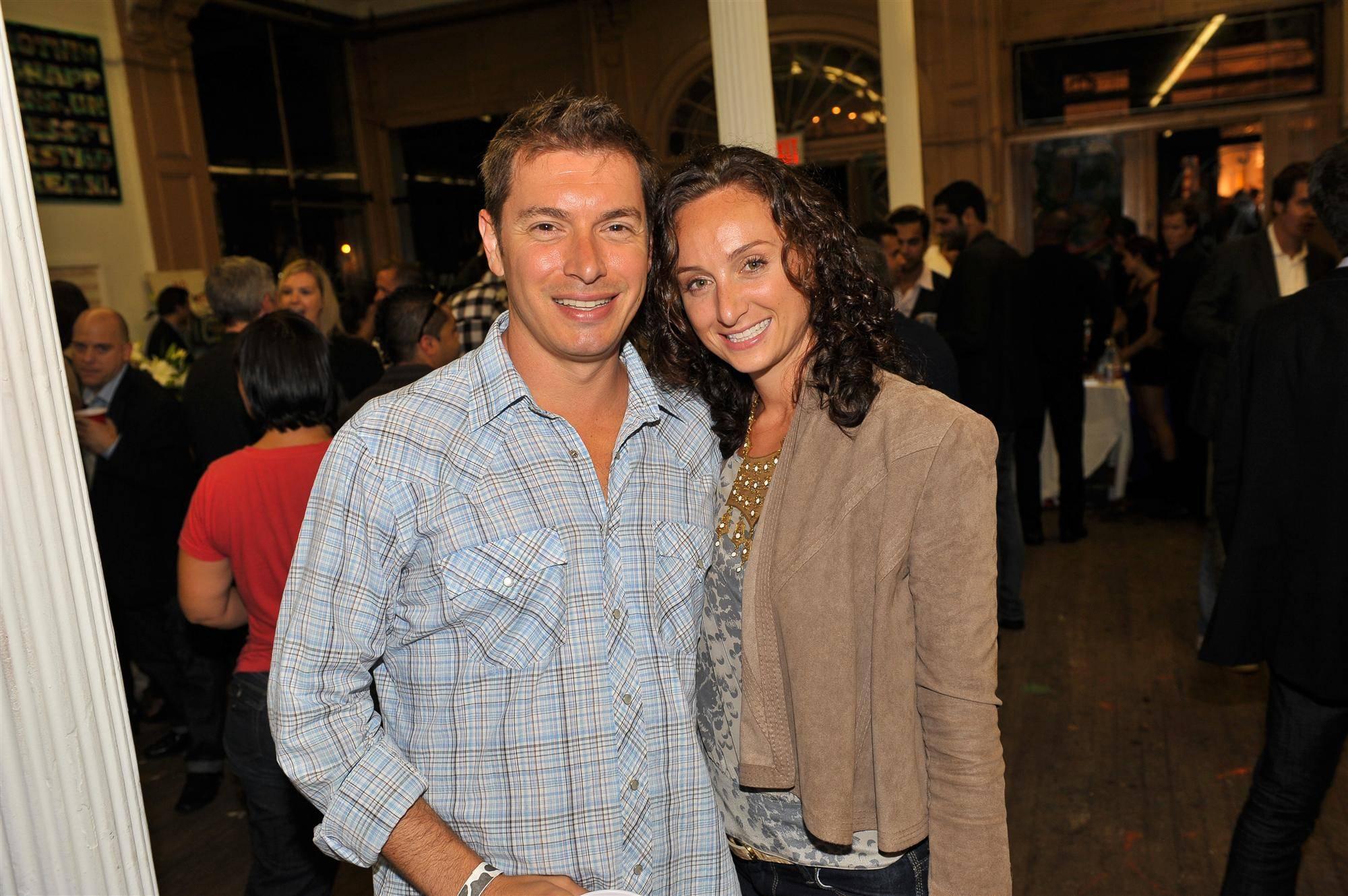 Jessica & Jonathan Manela (Custom)