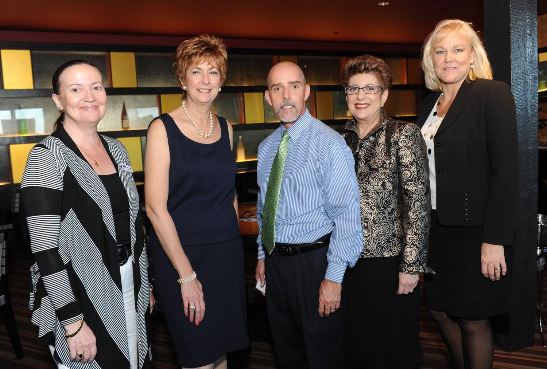 P2 – Sheila Smith of 2-1-1 Broward, Sue Romanos, Bob Rodriquez, Suzanne Hodes and Debbie Delgaard