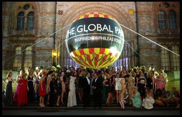 group-of-models-with-Lord-Stanley-Fink-David-Johnstone-parsons_Global_Party-457-1