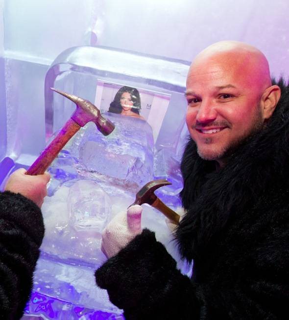 Guests of Minus5 Ice Bar