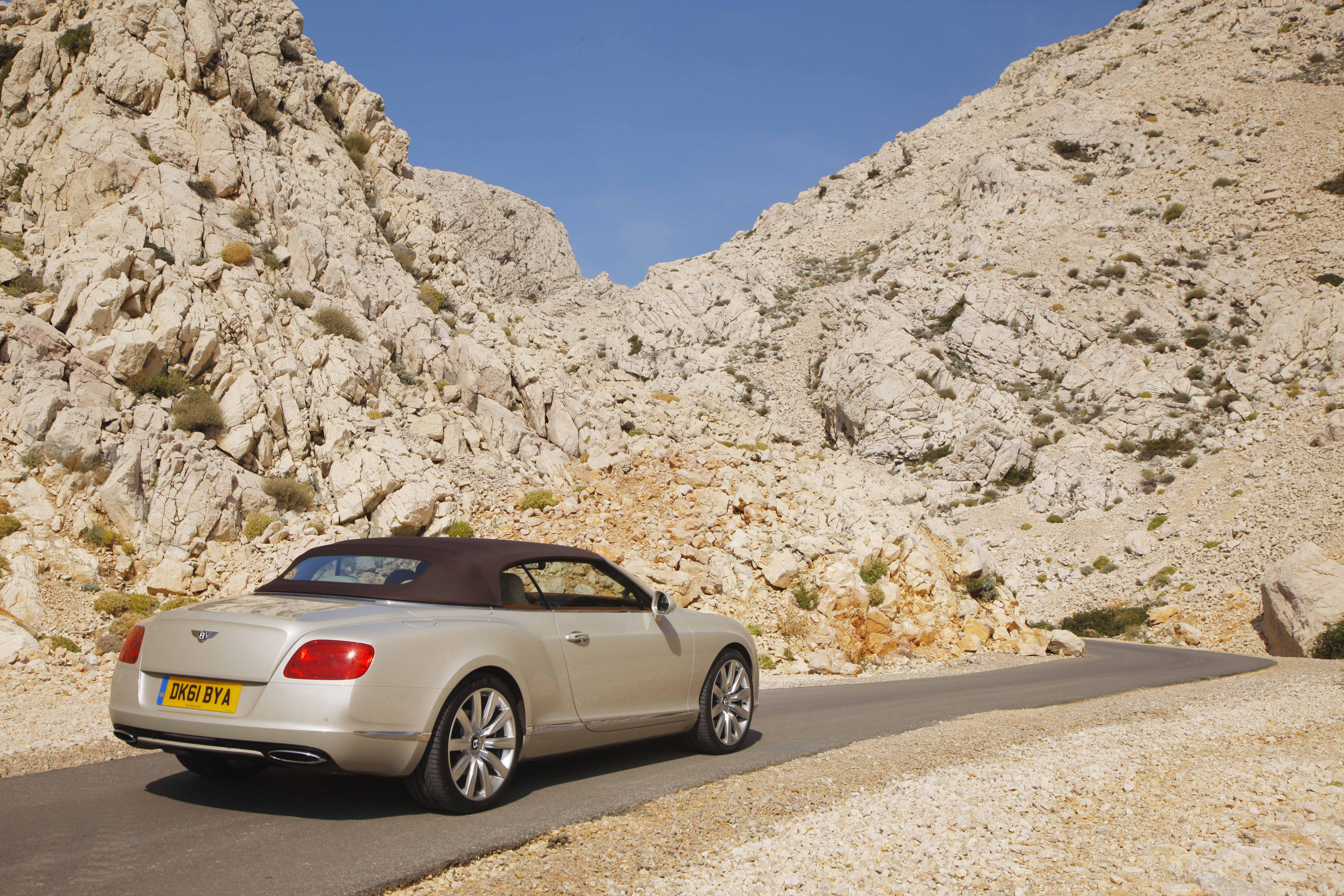 2012_Bentley_Continental_GTC_Test_Drive_Croatia...003