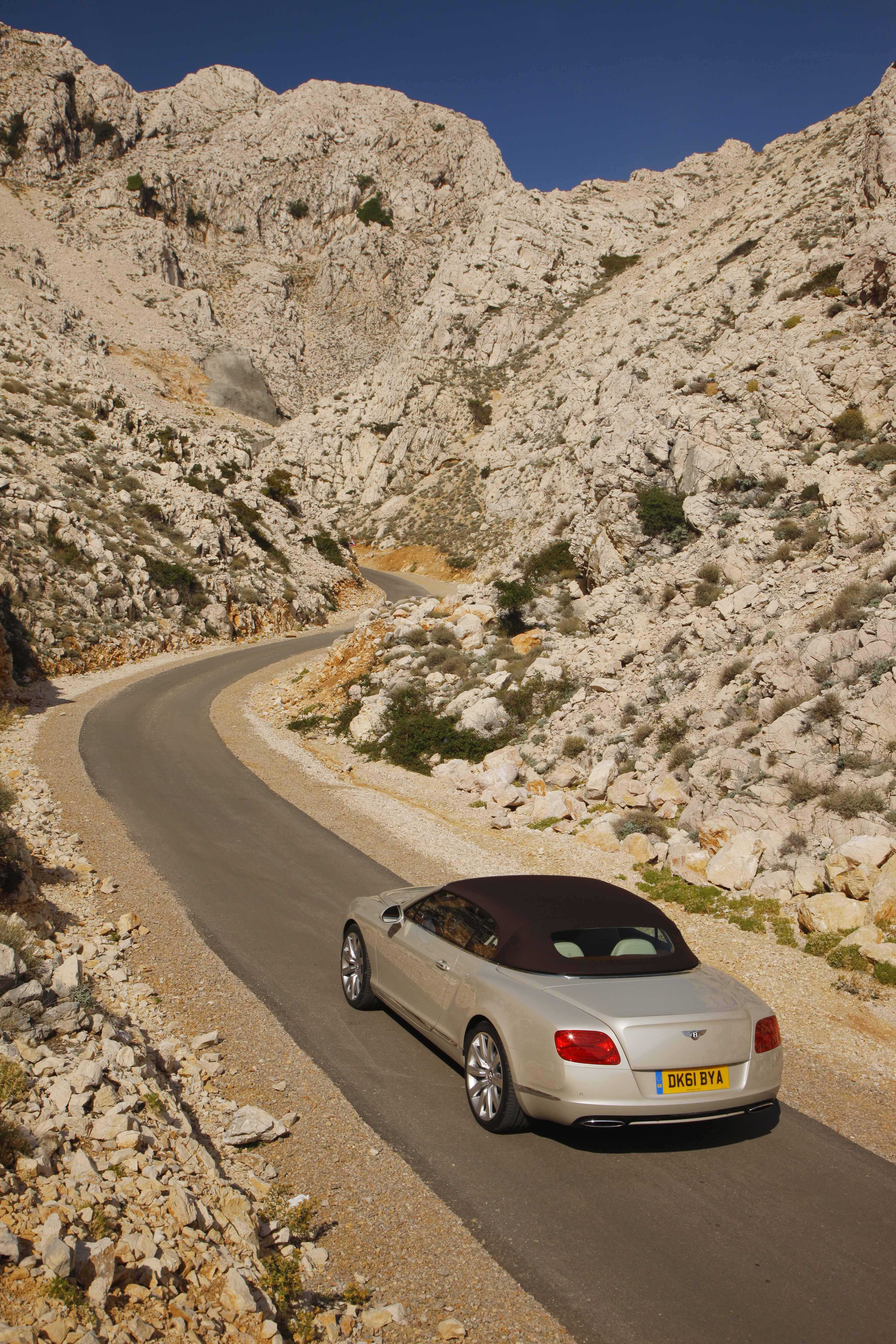 2012_Bentley_Continental_GTC_Test_Drive_Croatia...004