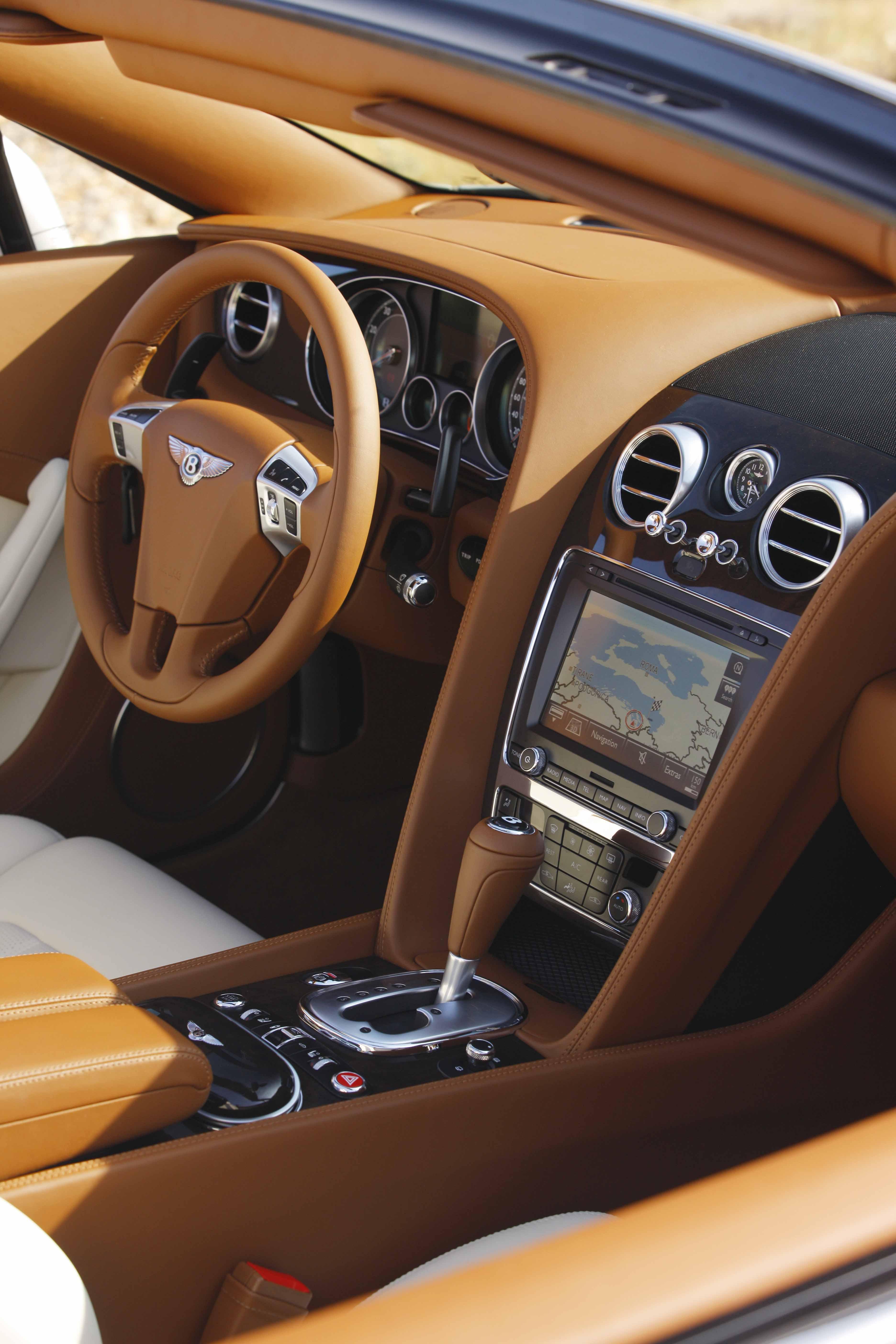 2012_Bentley_Continental_GTC_Test_Drive_Croatia...005