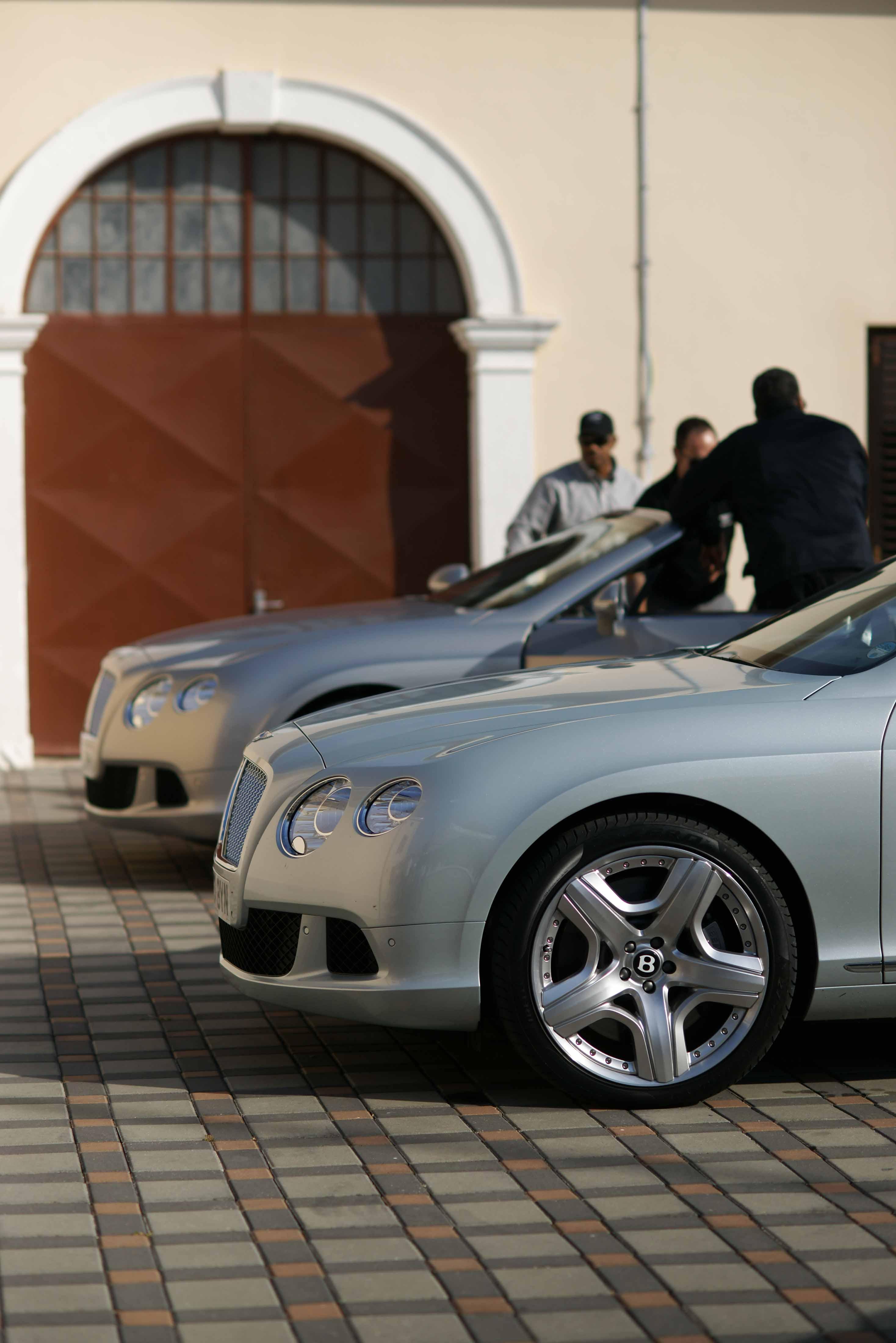 2012_Bentley_Continental_GTC_Test_Drive_Croatia...017