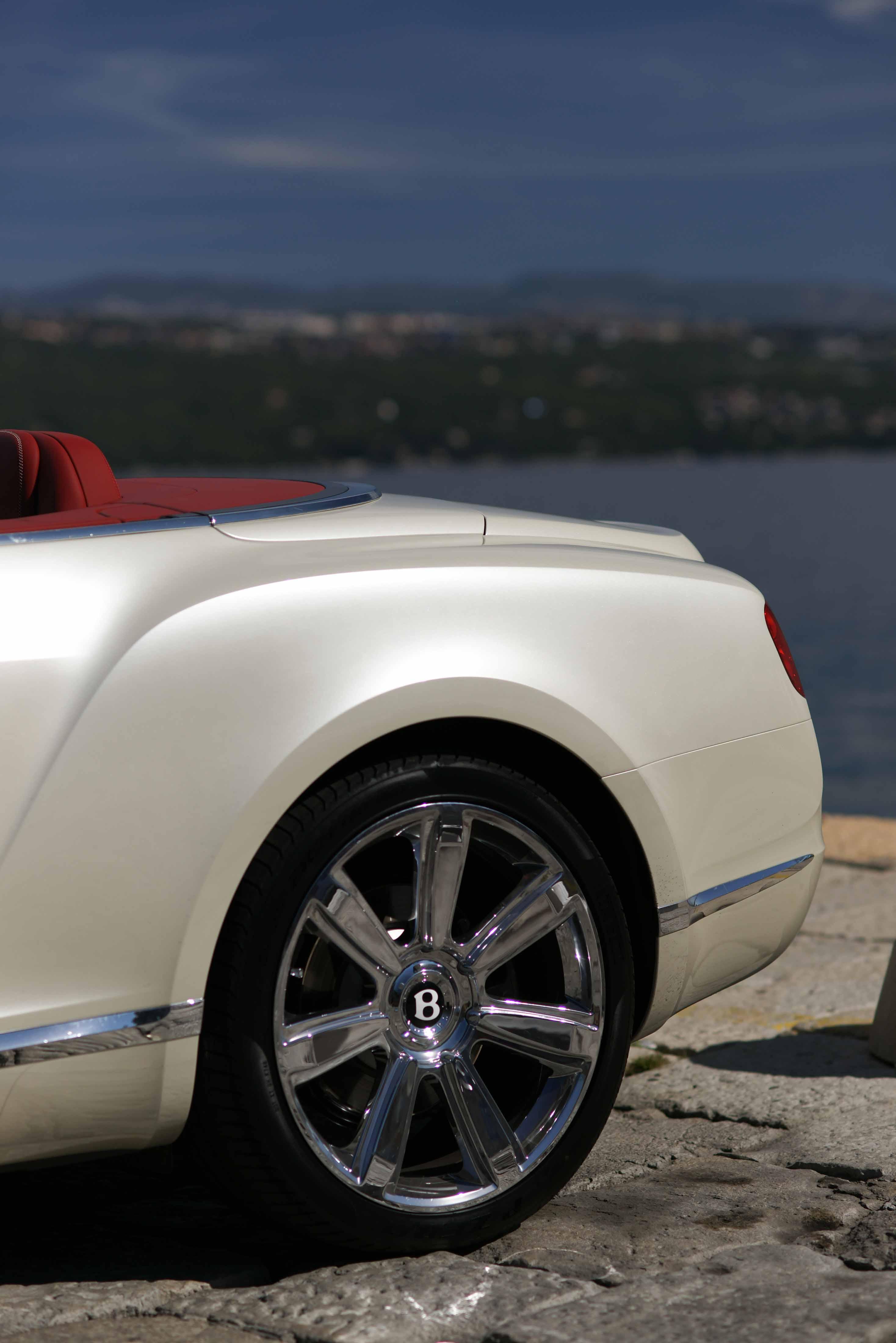 2012_Bentley_Continental_GTC_Test_Drive_Croatia...020