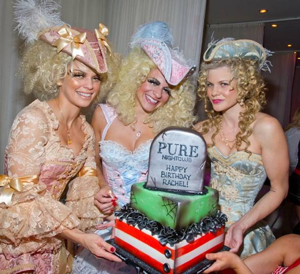 Annalynne McCord, Rachel McCord and Angel McCord