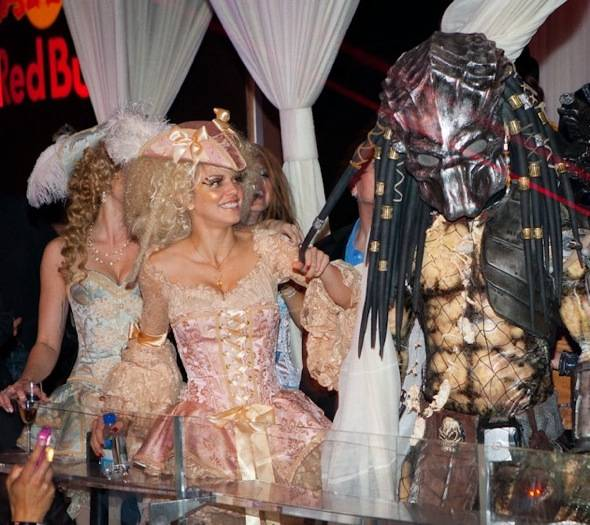 Angel McCord, Rachel McCord and Annalynne McCord and Halloween costume contestant