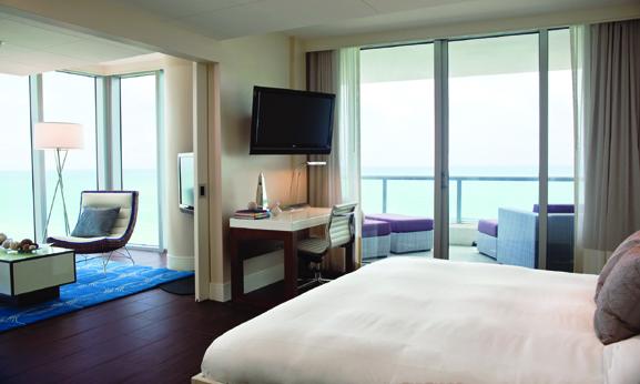 Eden-Rc-Renaissance-Miami-Beach-Suite_Ocean_Towers_Corner_King_3279
