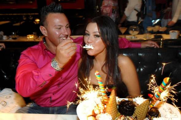 JWOWW and Roger with ice cream