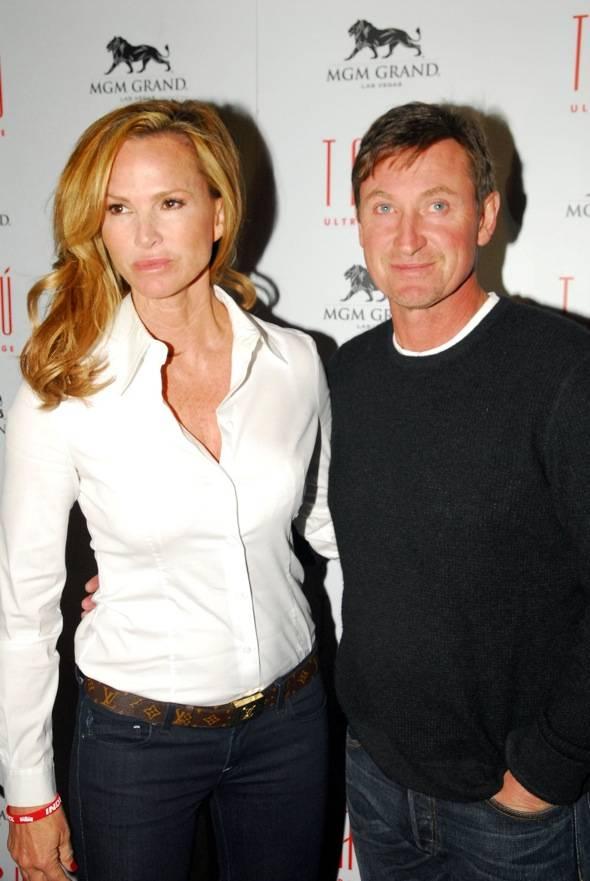Janet Jones and Wayne Gretzky at Tabu Ultra Lounge, Las Vegas 10.14.11