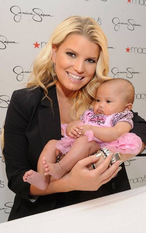 Jessica Simpson and Baby 2