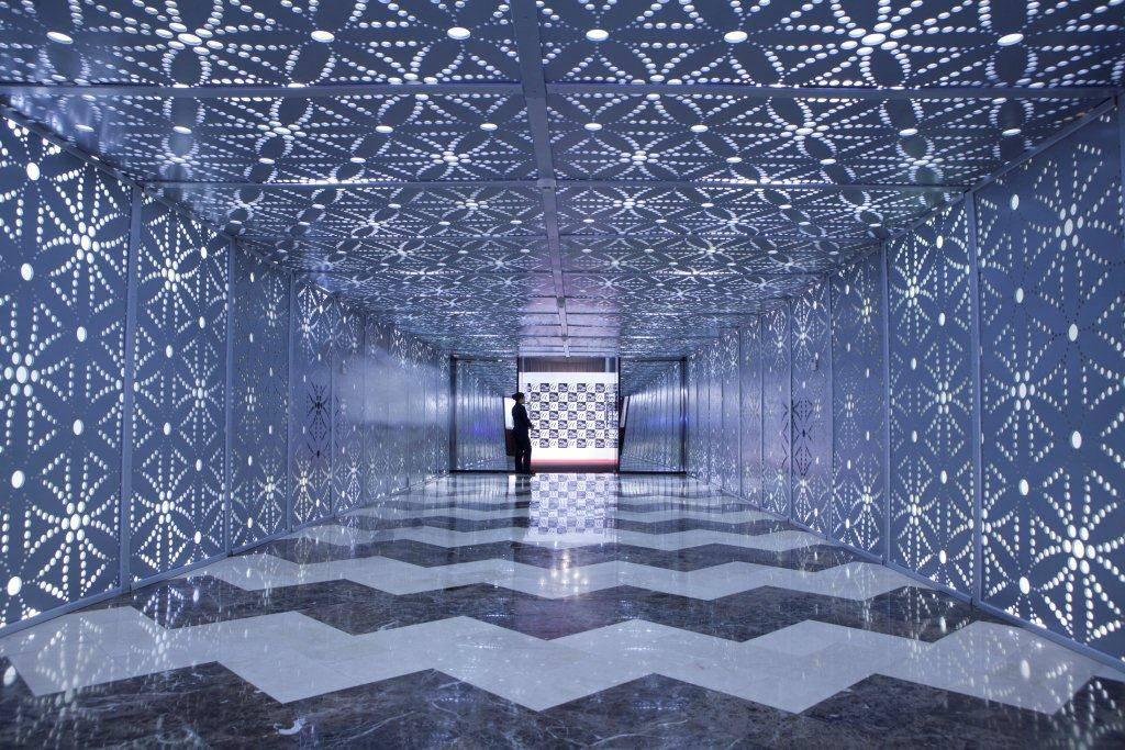 Saks Fifth Avenue fashion show set up dubai