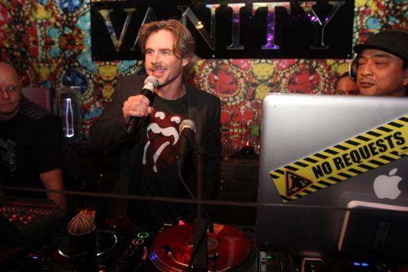 Sam Trammell10.29.11DJbooth1