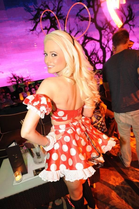 XS Nightclub – Holly Madison
