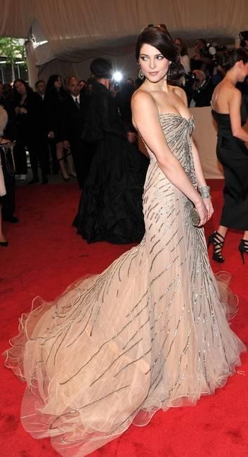 Haute 100 Update Twilight Star Ashley Greene Is The New Face Of Dkny Haute Living