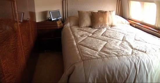 heres-trumps-bedroom-the-pillow-is-embroidered-with-the-family-crest-as-are-most-of-the-other-pillows-on-board-the-jet