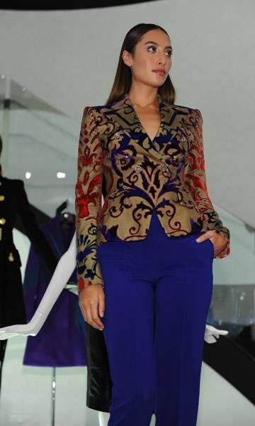 versace model 4