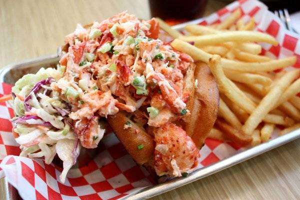 Haute 5 best lobster in san francisco haute living for Woodhouse fish co