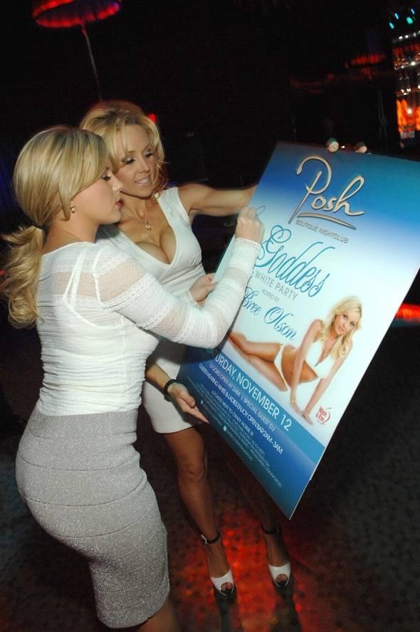 Bree Olson signs POSH poster