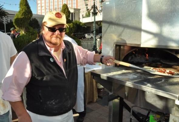 Mario Batali_Pizza in Oven