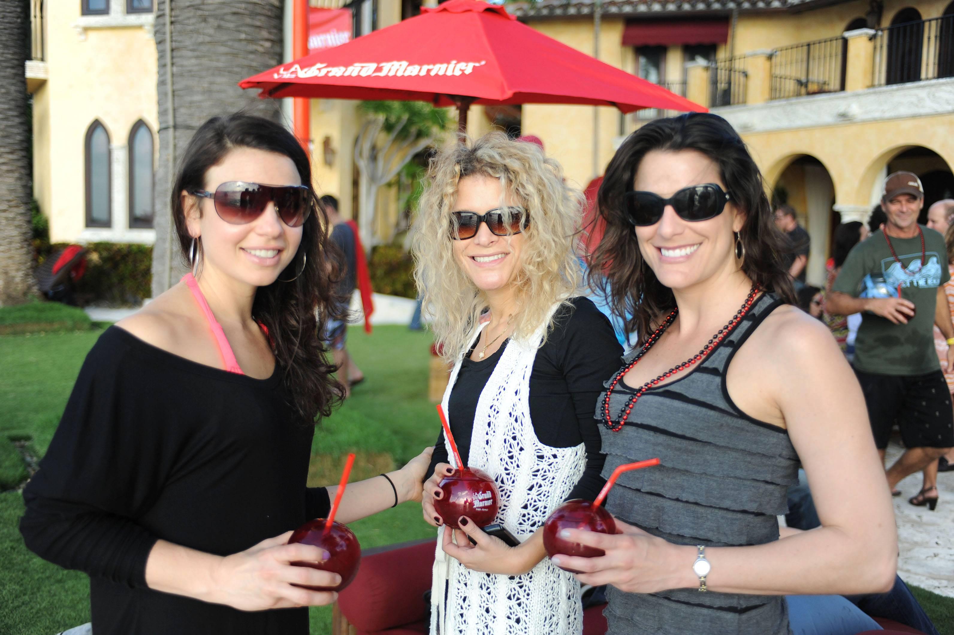 Meredith Miller, Clarissa Lewis, & Katherine Wald3