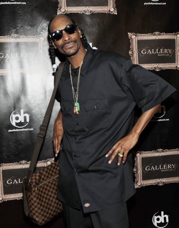 134276339DT024_Snoop_Dogg_H
