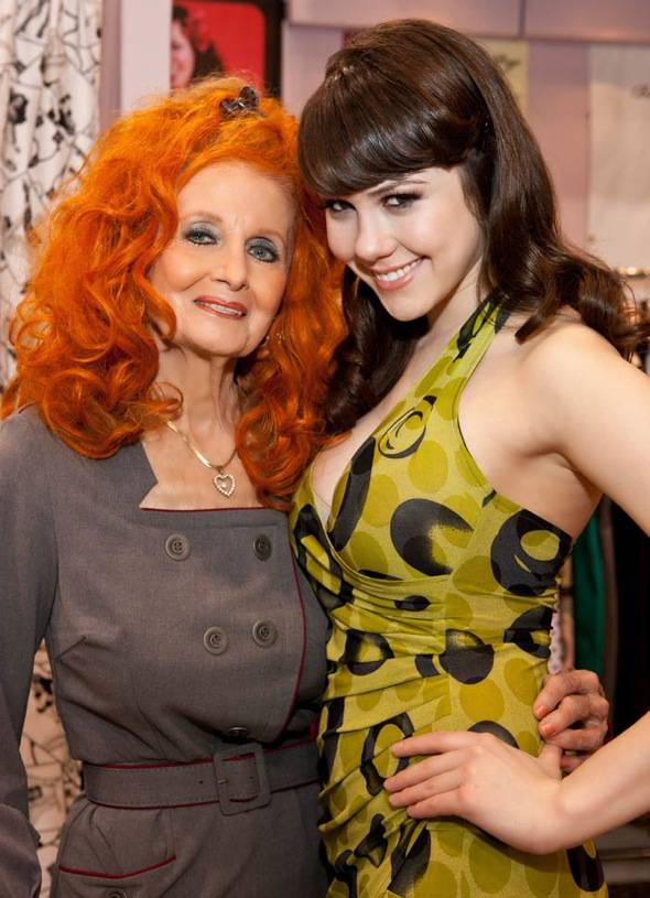 Tempest Storm and Claire Sinclair