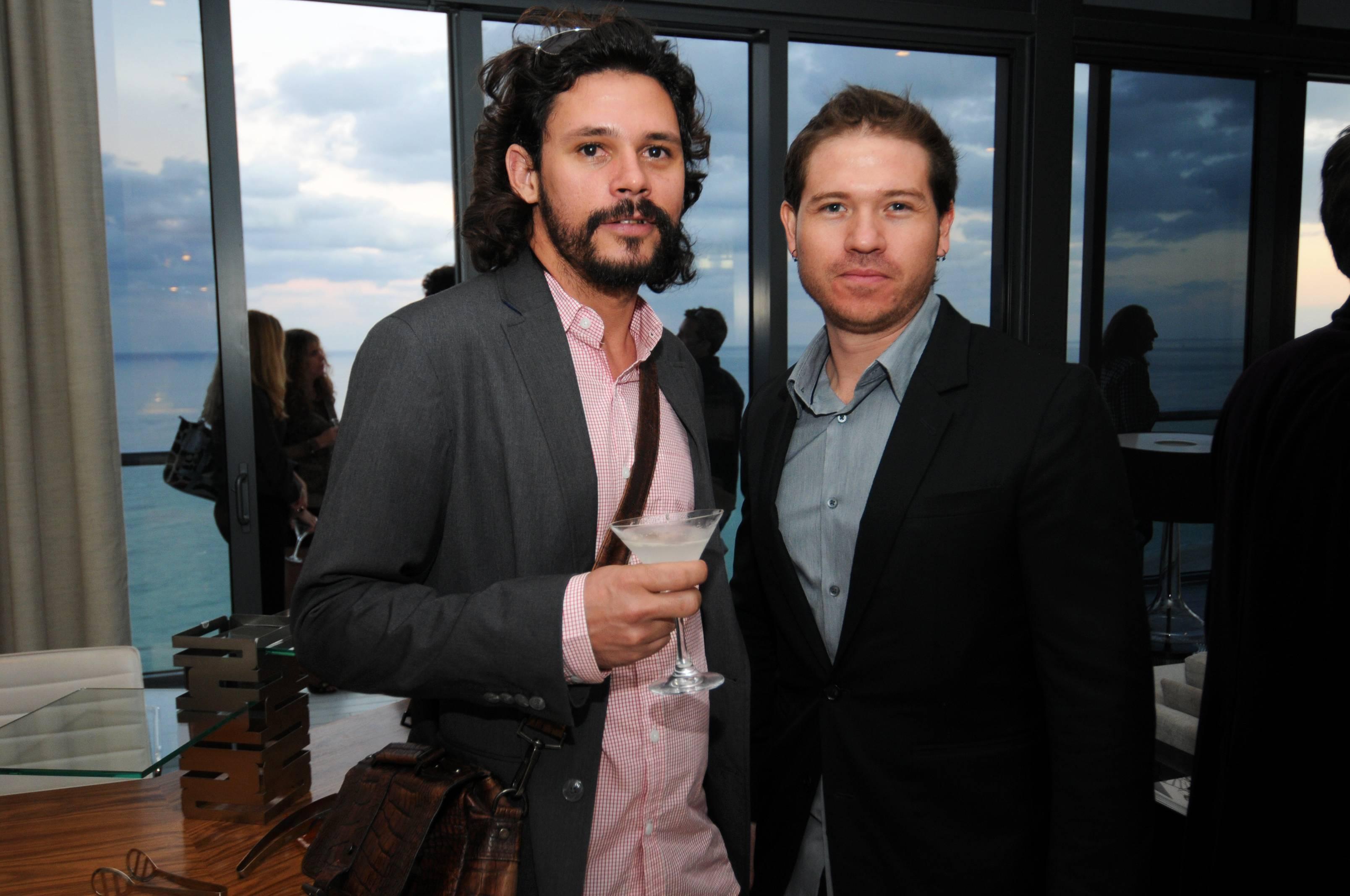 3Noel Leon & Julian Navarro