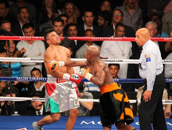 Floyd Mayweather Jr. VS Victor Ortiz
